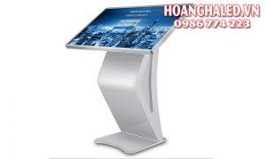 Màn hình LCD quảng cáo chân quỳ 49 inch