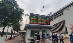 Bảng điện tử led hiển thị số chỗ trống trong bãi đỗ xe tại Sân bay Nội Bài